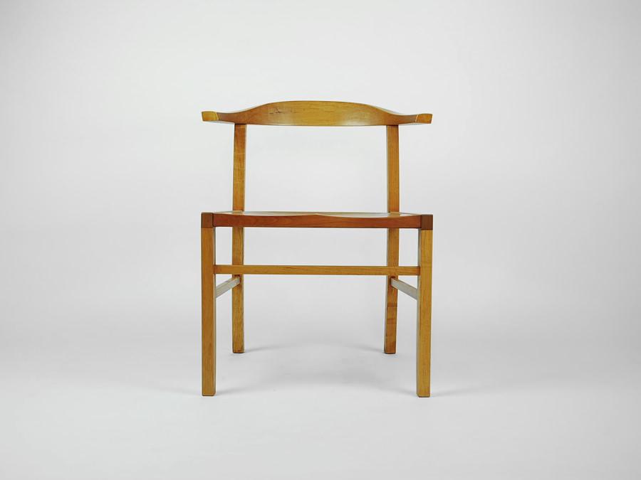 椅子-アートプロダクション